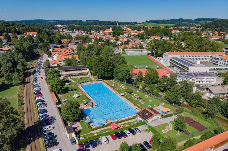 Freibad Miesbach - Drohne